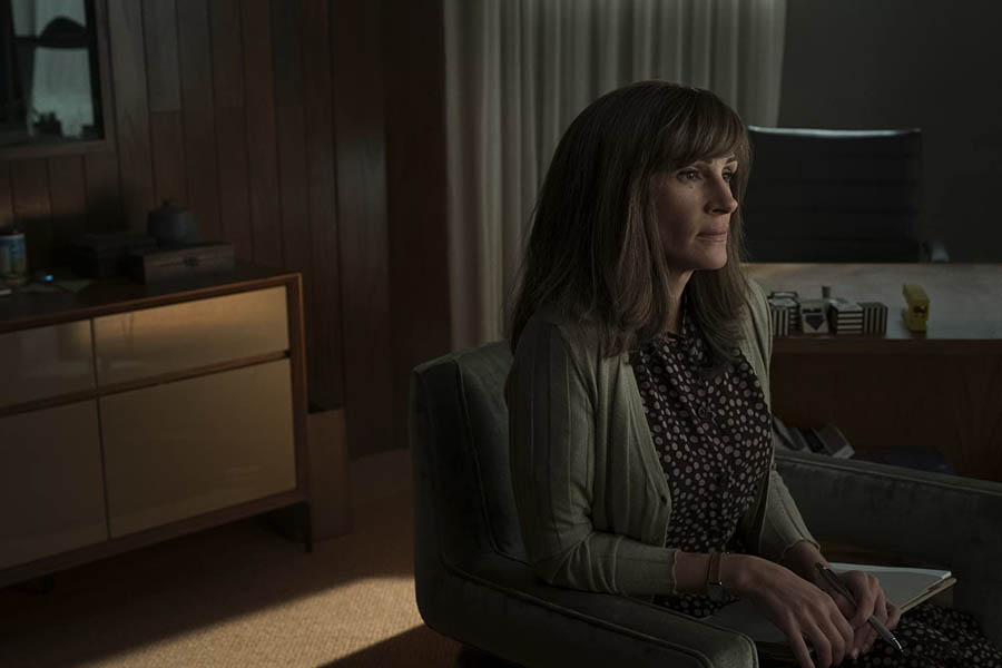 The Outer Banks Voice: Stream On – More unreliable narrators in Homecoming and Mr. Robot